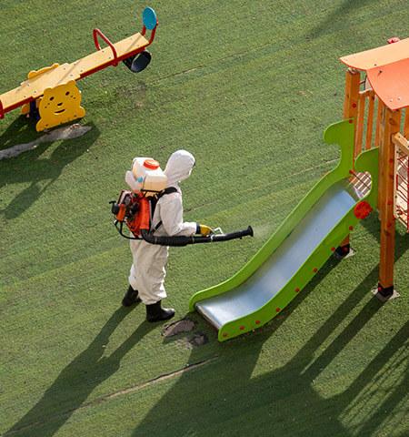 Dezynfekcja placów zabaw